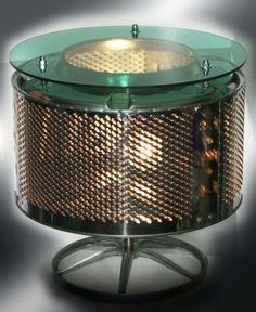 Tablette lumineuse créée à partir d'un tambour de machine à laver recyclé