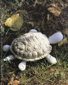 French Boutis turtle - similar to trapunto