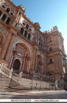 Catedral de Málaga © James Souza. LLamada La Manquita porque le falta por construir una torre