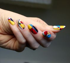 I've been wanting to do some nails inspired by these...