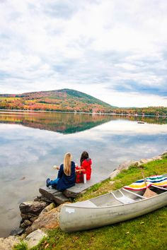 New England Fall, New England Travel, Watch Hill Rhode Island, Lake Pictures, Mount Washington, Road Trip Adventure, Ocean House, Best Places To Travel, Covered Bridges
