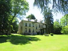 Luxury Holiday house in Yvelines near Paris Chateau de Poigny French Lifestyle, Holiday Accommodation, Luxury Holidays, Versailles, Bed And Breakfast, Paris France, Relax, Mansions, House Styles