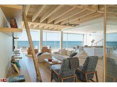 Malibu beach house designed by Scott Gillen