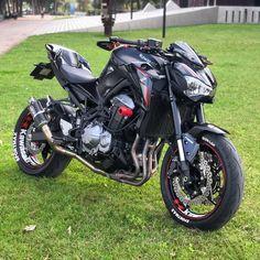 """Kawasaki Z Nation® on Instagram: """"Z900🔥🔥🔥 📸@z900kawa_ #kawasakiZnation #motorcyclesofinstagram #kawasakiz1000 #kawasakiz900 #kawasakiz800 #kawasakiz750 #kawasakiz650…"""" Kawasaki Z650, Kawasaki Ninja, Kawasaki Motorcycles, Cars And Motorcycles, Z Nation, Cafe Bike, Lady Biker, Bike Life, Sport Bikes"""
