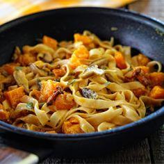 Pasta Recipes, Macaroni And Cheese, Spaghetti, Food And Drink, Pumpkin, Ethnic Recipes, Food Ideas, Rice, Interior