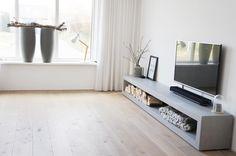 No photo description available. Room Inspiration, Interior Inspiration, Modern Furniture, Furniture Design, Happy New Home, Tadelakt, New Room, Living Room Interior, Home And Living