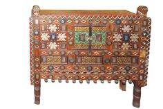 Vintage tRibal Gujrati Eclectic Indi Bohemian Gypsy Damchiya Console from India. Cabinet for entryway, hallway, or any room, really. Indian Furniture, Vintage Furniture, Furniture Decor, Painted Furniture, Door Coffee Tables, Reclaimed Doors, Pink Color Schemes, Indian Interiors, Circular Mirror