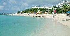 Jamaica - Playa Doctor's Cave en la bahía Montego