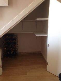 67 Ideas for storage ideas under stairs closet Kitchen Under Stairs, Closet Under Stairs, Under Stairs Cupboard, Pantry Storage, Storage Spaces, Closet Storage, Storage Ideas, Basement Flooring, Basement Remodeling