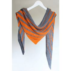 Aviendha by designer Melanie Berg is an asymmetrical, two-colored shawl, worked entirely in garter stitch. Instructions are easy to follow, yet the result is stunning.
