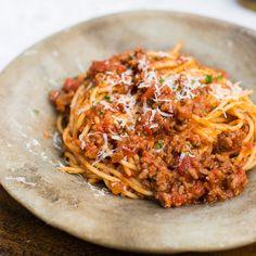 アムウェイ クィーン 基礎レシピ|QUEENレシピ+:Amway(日本アムウェイ) Queens Food, Spaghetti, Curry, Ethnic Recipes, Kitchen, Curries, Cooking, Kitchens, Cuisine