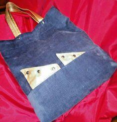 """Borsa donna shopper in velluto e oro """" fatta a mano"""" pezzo unico Art. 602 Reusable Tote Bags, Ebay, Fashion, Gold, Moda, Fashion Styles, Fashion Illustrations"""