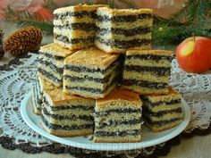 Makowiec warstwowy z jabłkiem Food Design, Vanilla Cake, Sweet Tooth, French Toast, Cheesecake, Food And Drink, Baking, Breakfast, Recipes
