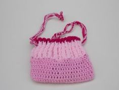 Crochet Bag Patterns -Free Patterns And Video Tutorials - Knit And Crochet Daily - Granny Square Boys Sewing Patterns, Crochet Purse Patterns, Crochet Purses, Bag Patterns, Knitting Patterns, Free Crochet Bag, Crochet For Kids, Crochet Yarn, Ravelry Crochet