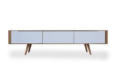 Dit prachtig gestroomlijnde tv meubel zal binnenkort ook schitteren in onze winkel, Woonn Poelestraat 21 in Groningen ! http://www.woonn.nl/home