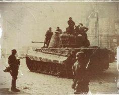 panzer budapest 1945