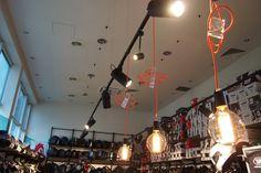 Oświetlenie dekoracyjne z przewodów w oplocie