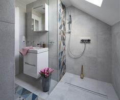 Cena koupelny - kolik vás to bude ve skutečnosti stát? Bathroom Interior, Design Bathroom, Banner Design, Cement, Building A House, Sweet Home, Bathtub, Mirror, Furniture