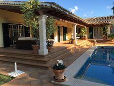 Housesitting assignment in sa Cabaneta, Spain