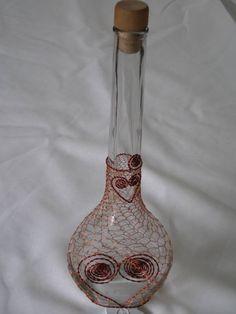 láhev | Šperky Alena Metal Jewelry Making, Recycled Bottles, Wire Art, Bottle Art, Mixed Media Art, Metal Art, Copper, Glass, How To Make