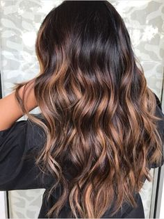 Dark Brunette Balayage Hair, Brown Hair With Blonde Highlights, Brunette Color, Brown Balayage, Hair Color Highlights, Ombre Hair Color, Hair Color Balayage, Caramel Highlights, Summer Brunette