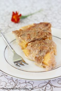 Homemade Peach Pie with a Crumble Crust - yum!!