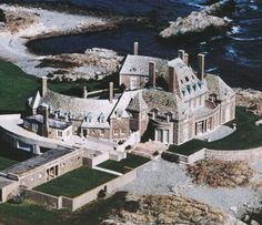 the breakers rhode island united states built for the vanderbilt family between 1893 to 1895. Black Bedroom Furniture Sets. Home Design Ideas