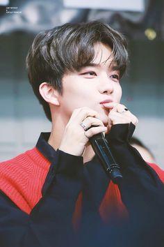 Himchan, Youngjae, Solo Male, Jung Daehyun, Bap, Boy Groups, Rapper, Cute, Kpop Boy