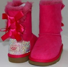Pick it up!UGG cheap outlet and all are just for $99 !Boots for this winter!  #UGG #Boots Some less than $99