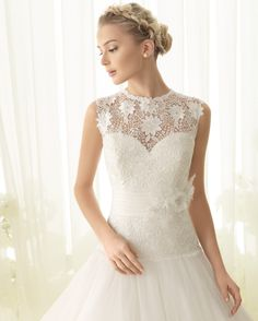Wedding dress by Luna Novias @Corinne Abramowitz Gates
