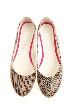 Elite Goby Newsprint Flats in Multicolor