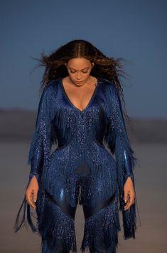 Check out Beyonce @ Iomoio Queen B Beyonce, Beyonce Et Jay Z, Estilo Beyonce, Beyonce Coachella, Beyonce Fans, Beyonce Knowles Carter, Beyonce Style, Destiny's Child, Rihanna