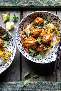The best summer Weeknight 30 Minute Coconut Curry Chicken Meatballs.with spicy mango salsa, a delicious mix of cozy and healthy! Tandoori Masala, Clean Eating, Healthy Eating, Healthy Food, Coconut Curry Chicken, Chicken Meatballs, Turkey Meatballs, Making Meatballs, Half Baked Harvest