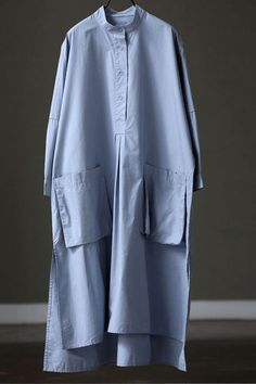 Cotton Blue And White Loose Long Dress For Women – Linen Dresses For Women Maxi Outfits, Casual Outfits, Hijab Fashion, Fashion Dresses, Fashion Clothes, Fashion Fashion, Fashion Tips, Casual Dresses For Women, Clothes For Women