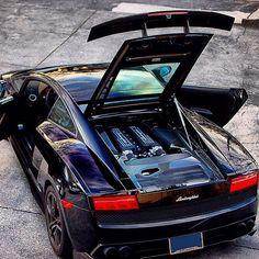 'Under the hood' #Lamborghini
