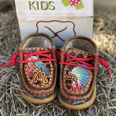 Western Baby Clothes, Western Babies, Baby Kids Clothes, Baby Girl Shoes, Cute Baby Girl, Newborn Outfits, Baby Boy Outfits, Womens Western Hats, Cute Diaper Bags