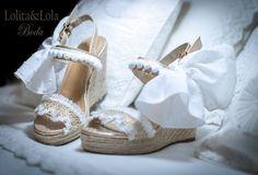 cubrebotas boho chic denim capazo strawbag  moda  Boot cuffs fashion accessories…