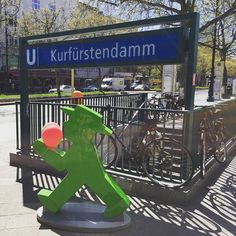 Shop & Cafe at Kudamm :) #LittleGreenMan #AmpelmannWorld #FollowAmpelmann #ampelmannLifestyle #teamAMPELMANN #Berlin