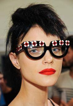 แว่นตา แฟชั่น www.vanneza.com