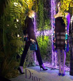 Green Foliage (walker)