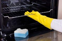 Γρήγορα κι έξυπνα μυστικά για να καθαρίσετε ό,τι υπάρχει στην κουζίνα σας και να την κάνετε ν' αστράψει!