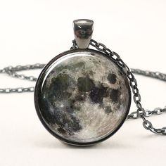 Full Moon Necklace Space Picture Pendant Galaxy Jewelry door rainnua