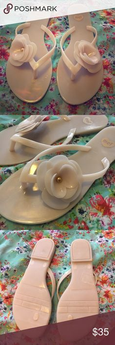 Mel by Melissa jelly sandal Sweet smelling Mel by Melissa jelly sandals- very comfortable! Melissa Shoes Sandals