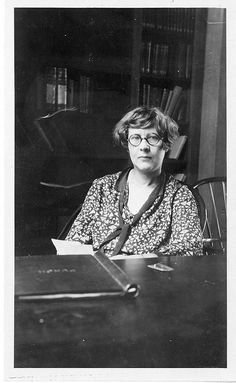 Botanist Matilda Moldenhauer Brooks (b. 1891) attended Harvard and conducted research along with her husband, Sumner Cushing Brooks. She discovered an antidote for carbon monoxide and cyanide poisoning in the '30s. | 34 American Lady Scientists Who Changed The World