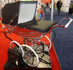 . Pram Stroller, Baby Strollers, Silver Cross Prams, Vintage Pram, Baby Prams, Vintage Coach, Beautiful Babies, Kids And Parenting, Retro