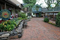Peddler's Village in Lahaska, PA offers a variety of meeting spaces throughout the 42 acre village complete with 70 unique speciality shops, six restaurants and a luxurious inn.