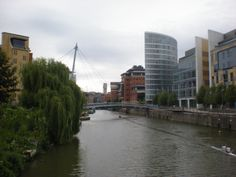 The eye and the Avon