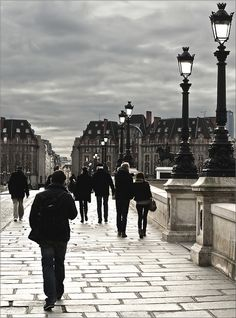 1wantchange:  A glass of Pinot Noir + a little wandering on the Pont Neuf in Paris.