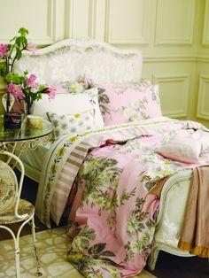 Beautiful bedroom. Beautiful!