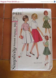 Sale 1960's Simplicity Printed Sewing Pattern 5431 by EarthToMarrs, $3.00